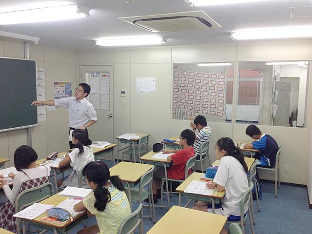 授業風景です。みなさん集中して取り組んでいますね。