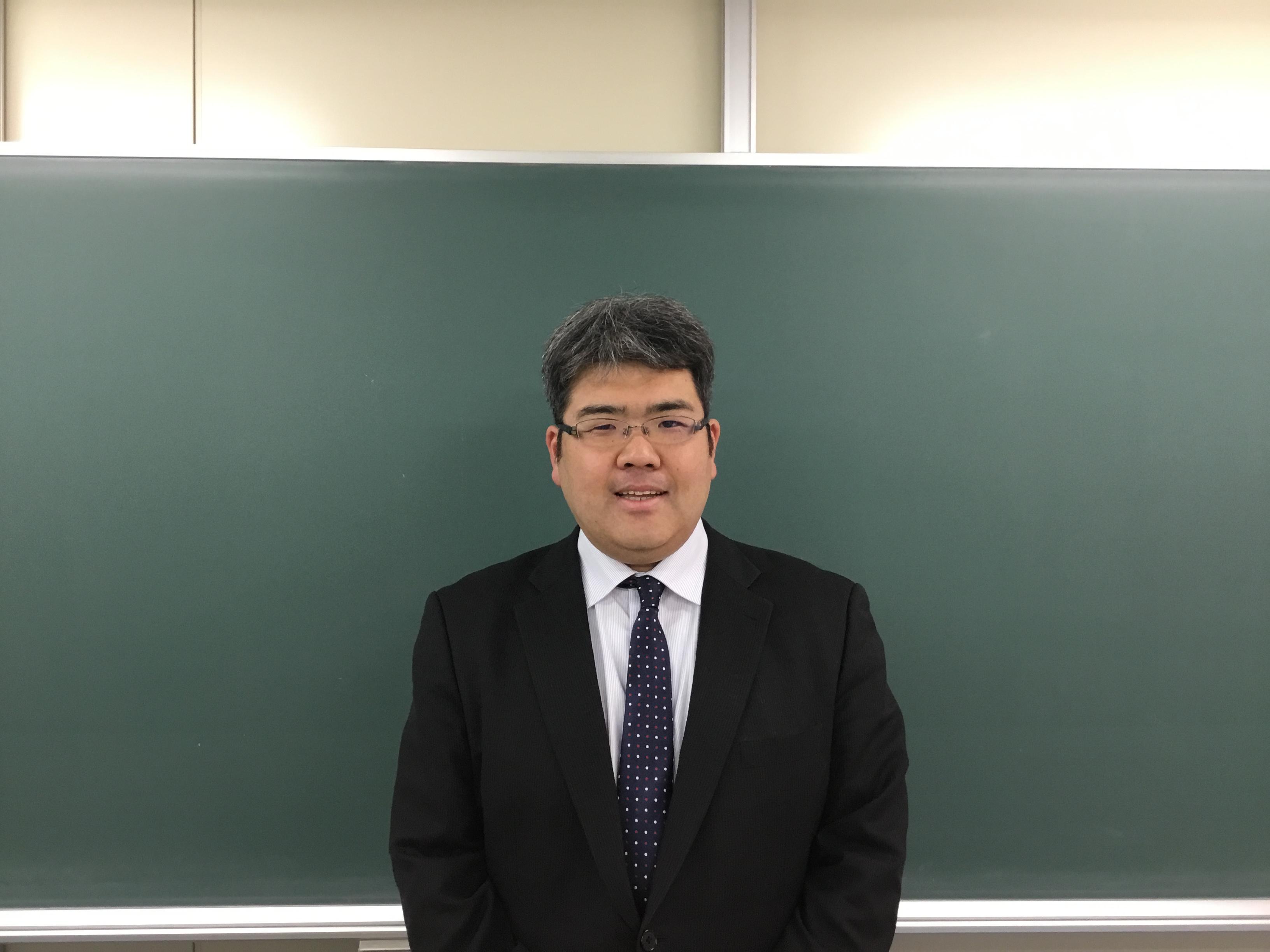 加藤講師の写真